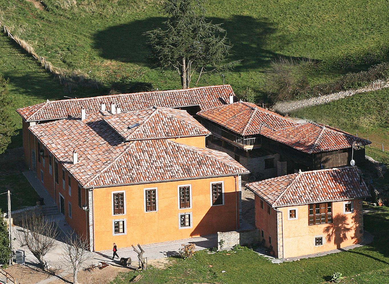 3 casas asombrosas a la venta en madrid y asturias era noreste inmobiliaria - Casa de asturias madrid ...
